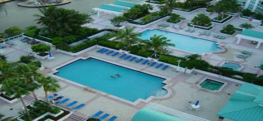 Квартира в США по адресу 16400 Collins ave, Sunny Isles Beach, FL 33160