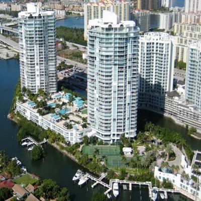 Квартира Oceania IV в жилом комплексе Флориды (США)