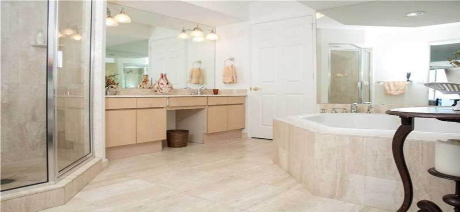 Квартира в США по адресу 18671 Collins Ave, Sunny Isles Beach, FL 33160