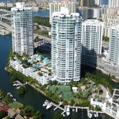 Квартира Oceania II в жилом комплексе Флориды (США)