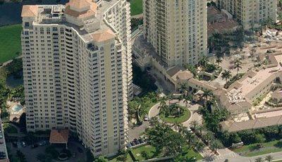 Квартира Turnberry on the Green в жилом комплексе Флориды (США)