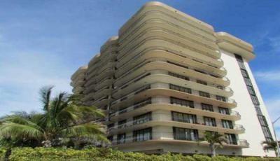 Квартира Champlain Towers в жилом комплексе Флориды (США)
