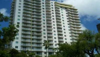 Квартира 1800 Biscayne Plaza в жилом комплексе Флориды (США)