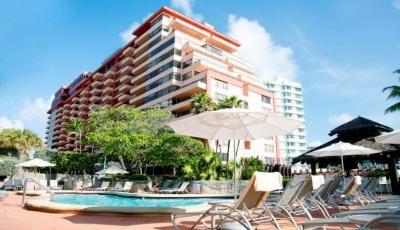 Квартира Alexander в жилом комплексе Флориды (США)