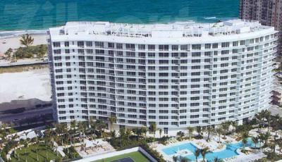 Квартира The Plaza at Oceanside в жилом комплексе Флориды (США)